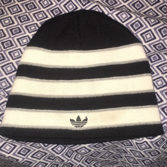 14b61fb067a adidas Other - Adidas men and women hats